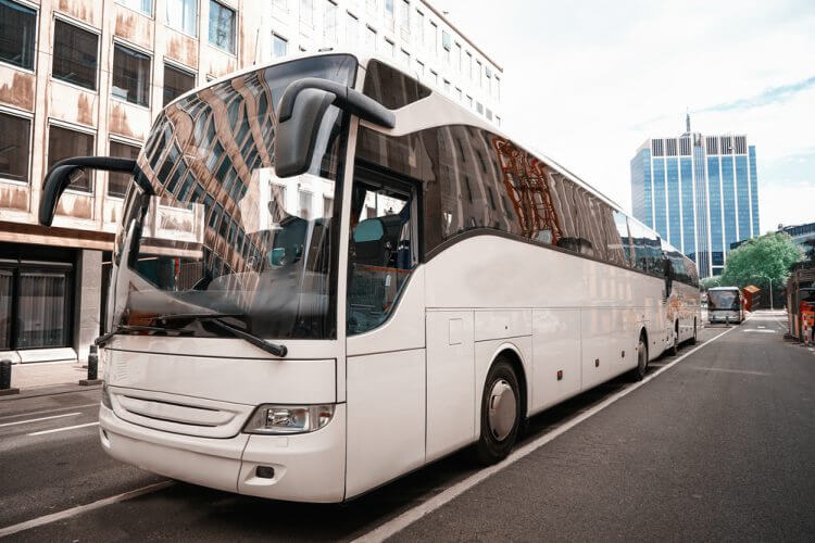 Impress Wedding Guests With Luxury Transportation